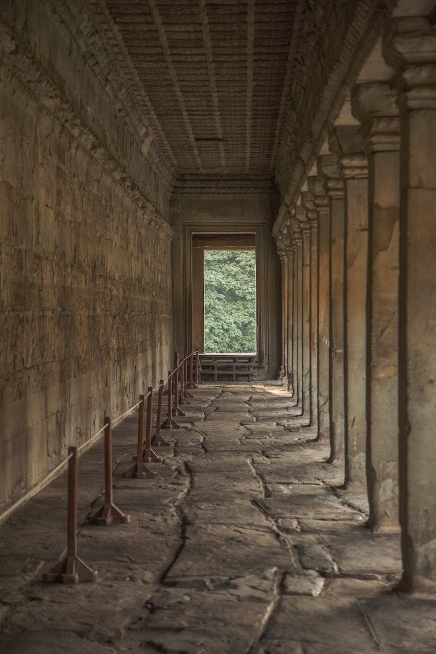Angkor Wat Passageway 4